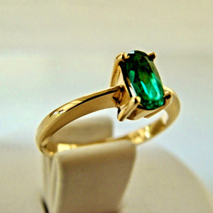 Natural Fine Natural Oval Colombian Emerald Solitaire Ring 18K Gold