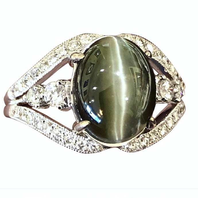 6.00 Carat Cat's Eye Chrysoberyl Diamond 18K Gold Engagement Ring