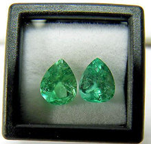Load image into Gallery viewer, Loose 3.00ct Genuine Matching Pair Natural Colombian Emerald Tear Drop