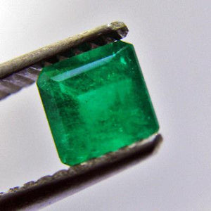 Loose 0.71ct Square AAA Natural Green Color Colombian Emerald Loose 5x5mm