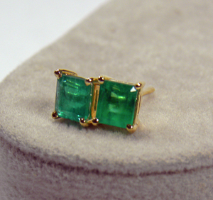 Natural 1.20ct Colombian Emerald Stud Earrings 18k Yellow Gold