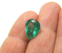 Load image into Gallery viewer, Loose 3.73ct Fine Natural Pear Colombian Emerald AAA Quality 12.86x9.81mm