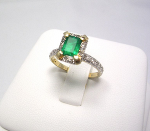 Natural Colombian Emerald Diamond Ring 14k Yellow Gold