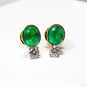 2.35ct Natural Colombian Emerald & Diamond Stud Earrings 18k Gold