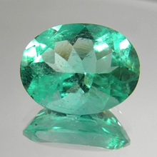 Load image into Gallery viewer, Loose 16.16ct EGL USA Certified Natural Green Colombian Emerald Oval Cut 20x16mm