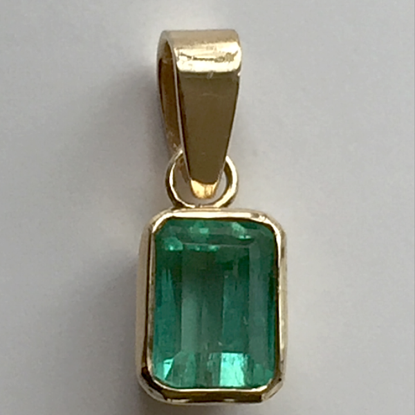 1.55ct Colombian Emerald Solitaire Pendant Emerald Cut 18k Gold