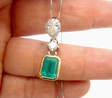 Load image into Gallery viewer, 4.00ct Colombian Emerald & Diamond Pendant 18K Gold