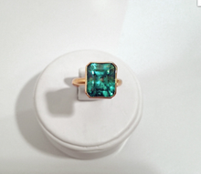 Load image into Gallery viewer, 6.80CT Natural Colombian Emerald Solitaire Ring 18K Gold