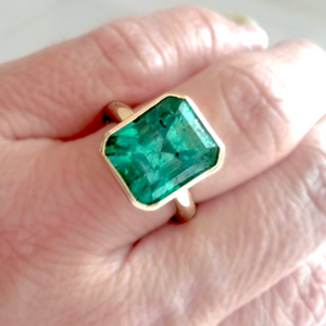 6.80CT Natural Colombian Emerald Solitaire Ring 18K Gold
