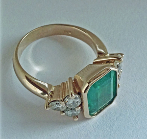5.70 Carat Fine Colombian Emerald Diamond Engagement Ring 18K Gold
