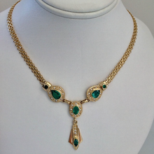 Load image into Gallery viewer, Fine 7.30ct Colombian Emerald Necklace 18K Yellow Gold