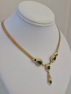Fine 7.30ct Colombian Emerald Necklace 18K Yellow Gold