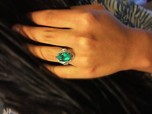 Vintage Fine Colombian Emerald & Diamond Engagement Platinum Ring