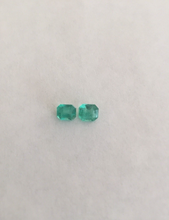 Load image into Gallery viewer, Loose 1.78ct Genuine Matching Pair Oval Natural Colombian Emerald