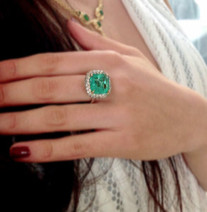 7.73ct Certified Fine Natural Colombian Emerald Diamond 18K Ring
