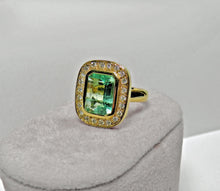 Load image into Gallery viewer, 4.40ct Emerald Cut Colombian Emerald Diamond Ring 18k Gold