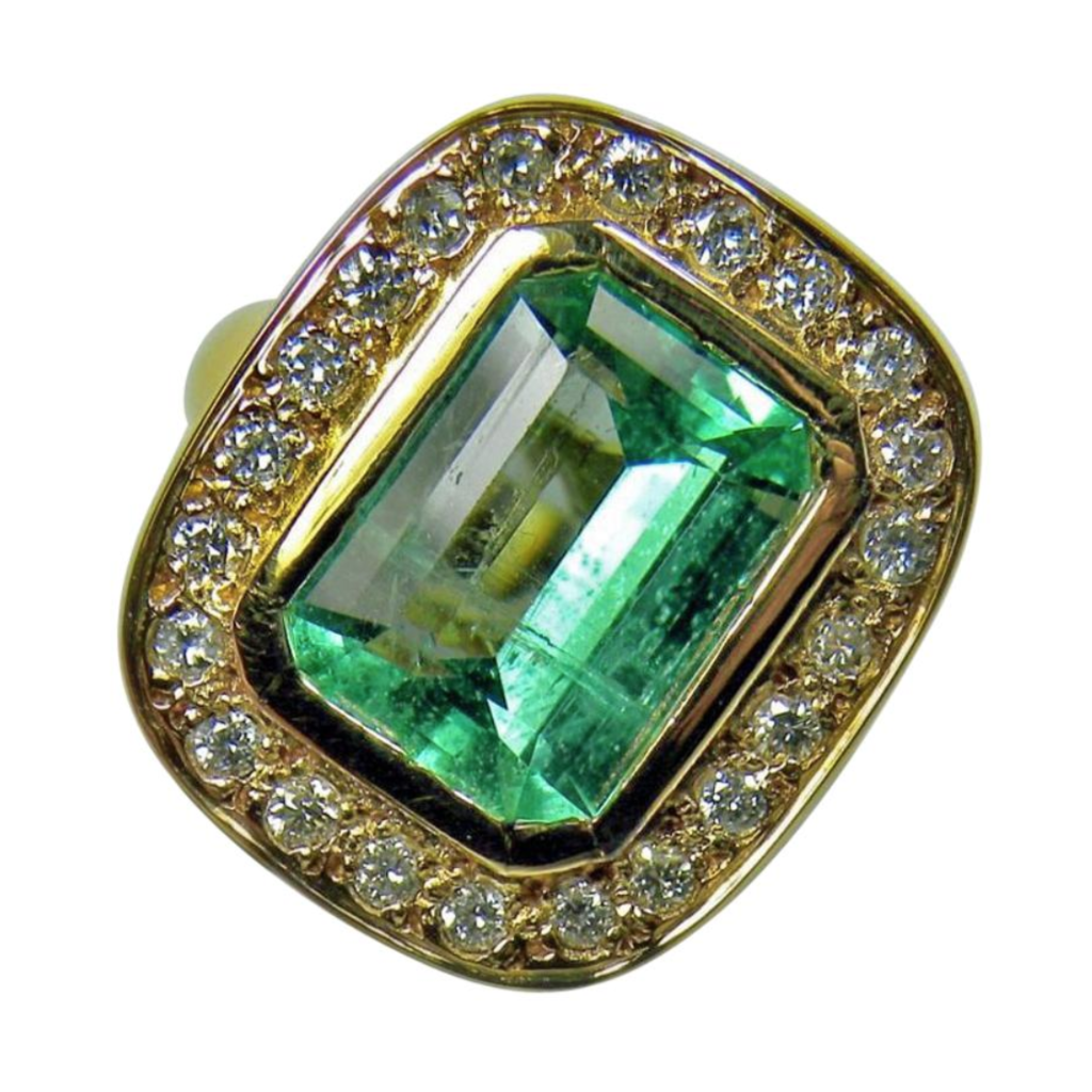 4.40 Carat Emerald Cut Colombian Emerald Diamond Ring 18k