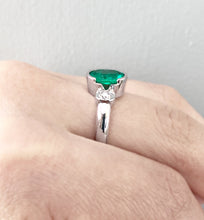 Load image into Gallery viewer, Estate 2.36 Carat Natural Emerald Diamond Ring 18 Karat