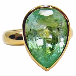 4.50cts Pear Cut 100% Natural Light Green Colombian Emerald Solitaire Ring 18K
