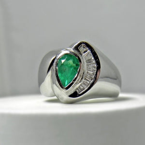 Natural Colombian Emerald & Diamond Ring 18k White Gold