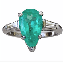 Load image into Gallery viewer, 1940s Pear Emerald Diamond Platinum Engagement Ring