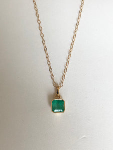 1.50 Carat Colombian Natural Green Emerald Solitaire Pendant 18K