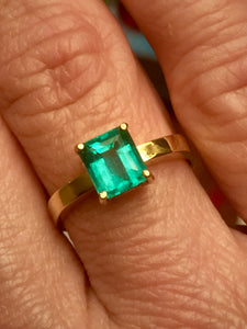 1.00ct  AAA Colombian Emerald Solitaire Engagement Ring 18K Gold 100% Natural