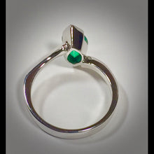 Load image into Gallery viewer, Marquise Natural Colombian Emerald Solitaire Ring 18K