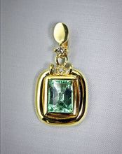 Load image into Gallery viewer, 3.12ct Natural Colombian Emerald Diamond Pendant 18k