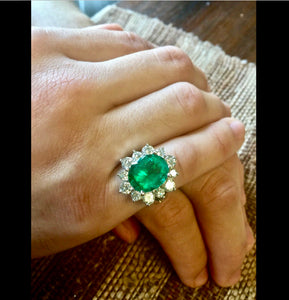 Fine Natural Colombian Emerald Diamond Ring 18K White Gold