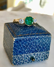 Load image into Gallery viewer, Fine Round Colombian Emerald Diamond Engagement Three Stone Ring 18k
