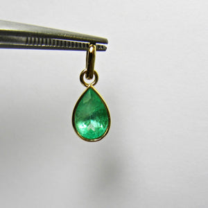 2.51 Carat Natural Colombian Emerald Solitaire Pendant 18k Gold