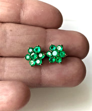 Load image into Gallery viewer, 1.80 Carat Emerald Daisy Cluster Stud Earrings 18K Yellow Gold
