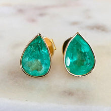 Load image into Gallery viewer, 6.00 Carat Pear Cut Colombian Emerald Stud Earrings 18K Gold