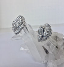 Load image into Gallery viewer, Diamond Drop Earrings 18 Karat White Gold