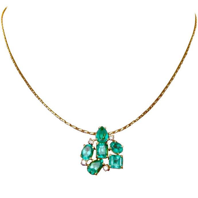 6.95 Carat Fines Colombian Emerald and Diamond Cocktail Pendant 18K