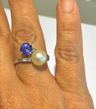 Load image into Gallery viewer, Antique Pearl Tanzanite and Diamond Platinum Ring