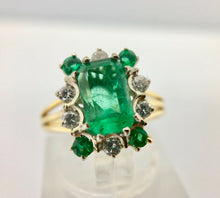 Load image into Gallery viewer, Vintage Colombian Emerald Solitaire Ring with Accents 18K