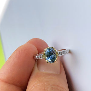 Estate Bluish-Lilac Sapphire Solitaire Engagement Ring Platinum & 18K