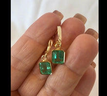 Load image into Gallery viewer, Fine Drop Colombian Emerald Earrings Bezel Set 18K