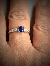 Load image into Gallery viewer, Platinum Art Deco Blue Sapphire Diamond Engagement Ring