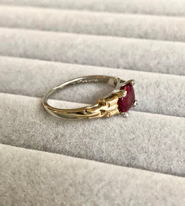 Original Art Deco Ruby Platinum 18k Yellow Gold Ring