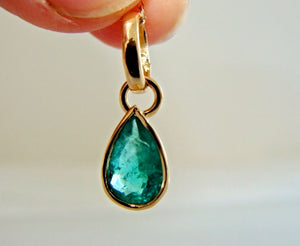 Colombian Emerald Charm Pendant 18K Yellow Gold