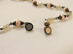 STONE BEAD NECKLACE IN BROWN