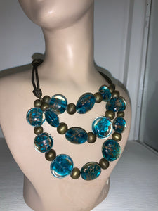 BLUE GLASS 3 STRAND NECKLACE