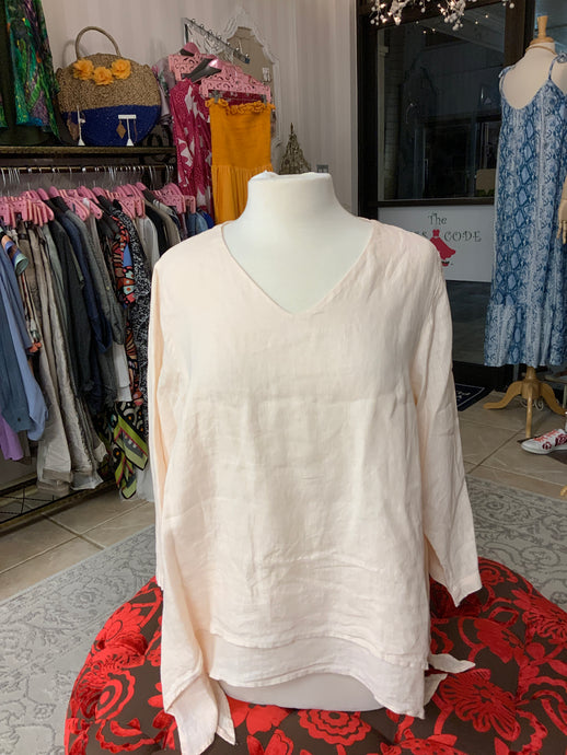 2 LAYER V-NECK 3/4 SLEEVE TOP
