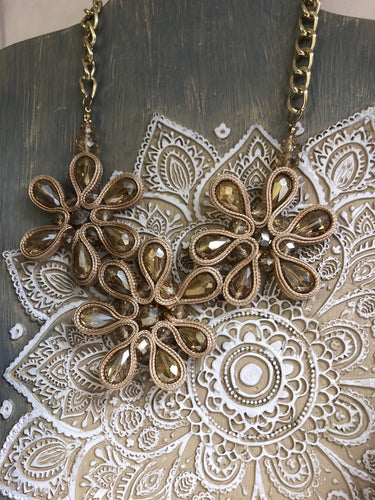 COPPER FLOWER GOLD NECKLACE