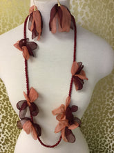 RED FLOWER BEADED NECKLACE
