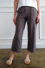 PINTUCK CROPPED PANT