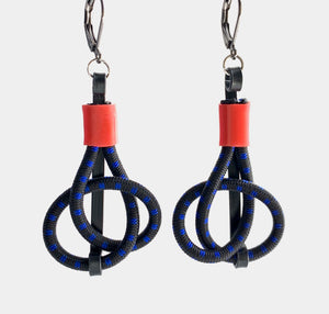 Connect Earrings in black+Navy